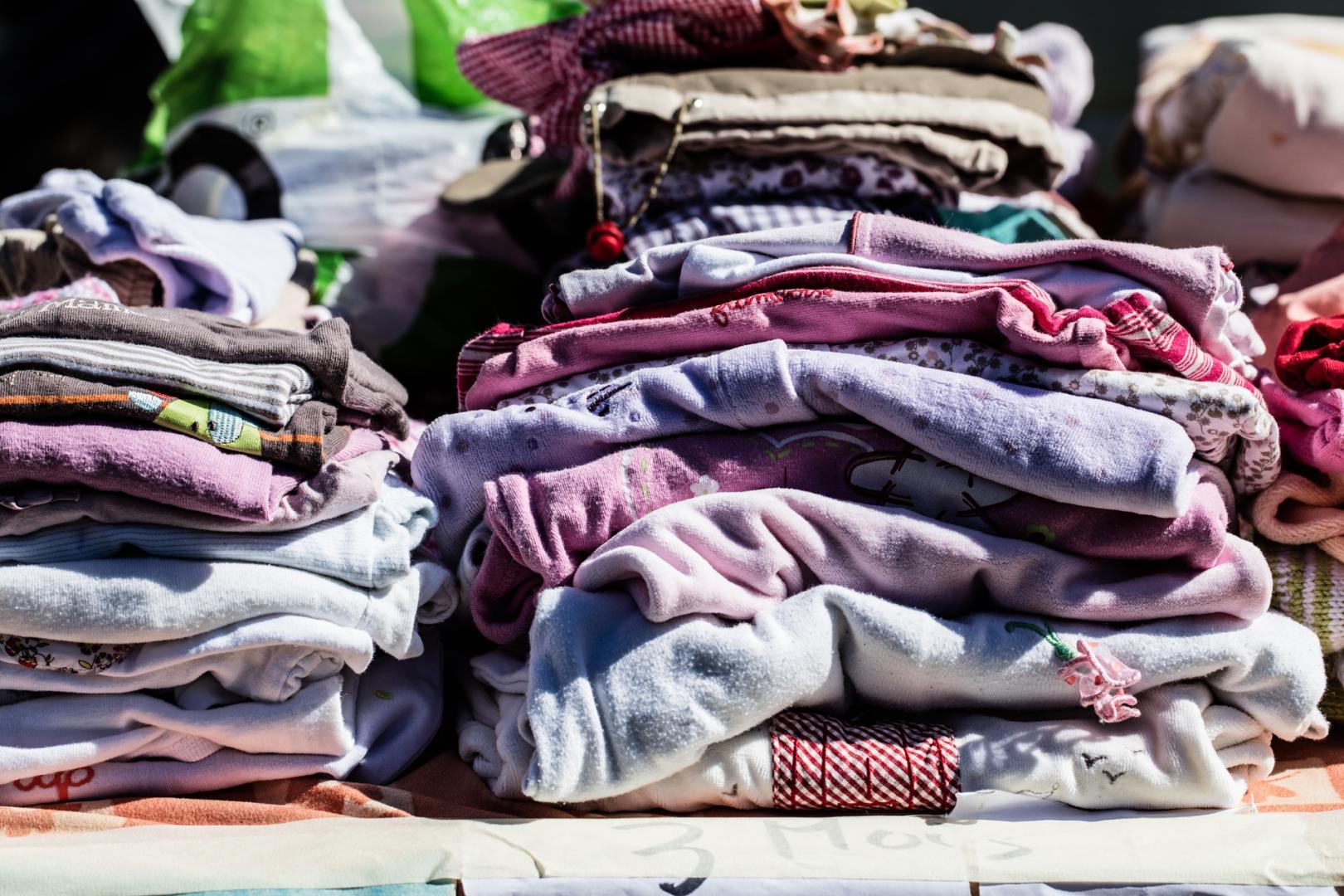 Koom organiser une collecte de vêtements au bureau